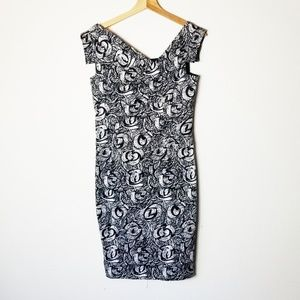 Adrianna Papell 6 Dress Black White Abstract Rose